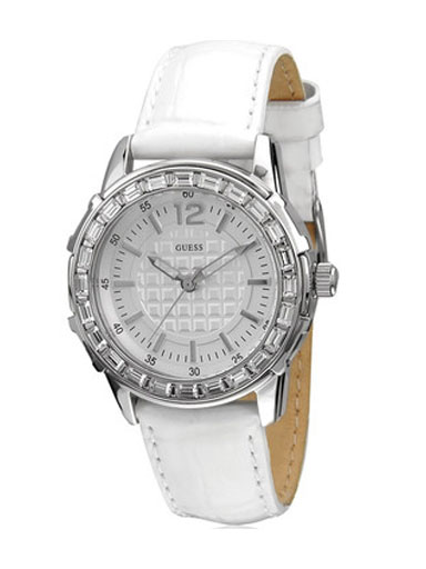 GUESS Women's Leather Watch -W0019L1